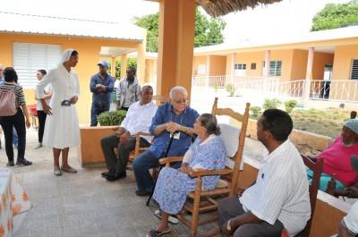 Isa Conde gestiona operativo especial para proteger a ancianos del Zika