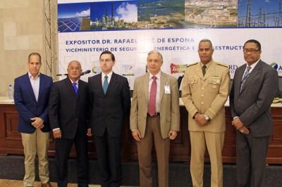 Experto español insta a RD a fortalecer su seguridad energética en forma integral