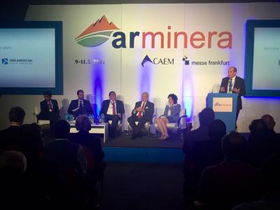 Isa Conde convoca al desarrollo minero sostenible para la gente