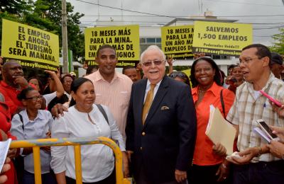 Isa Conde promete a Pedernales soluciones rápidas del Gobierno