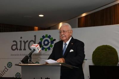 Isa Conde demanda castigar el derroche de energía en el Estado