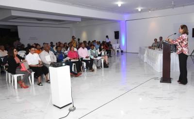 Socializan en Bonao primer informe de Iniciativa para la Transparencia de las Industrias Extractivas en RD