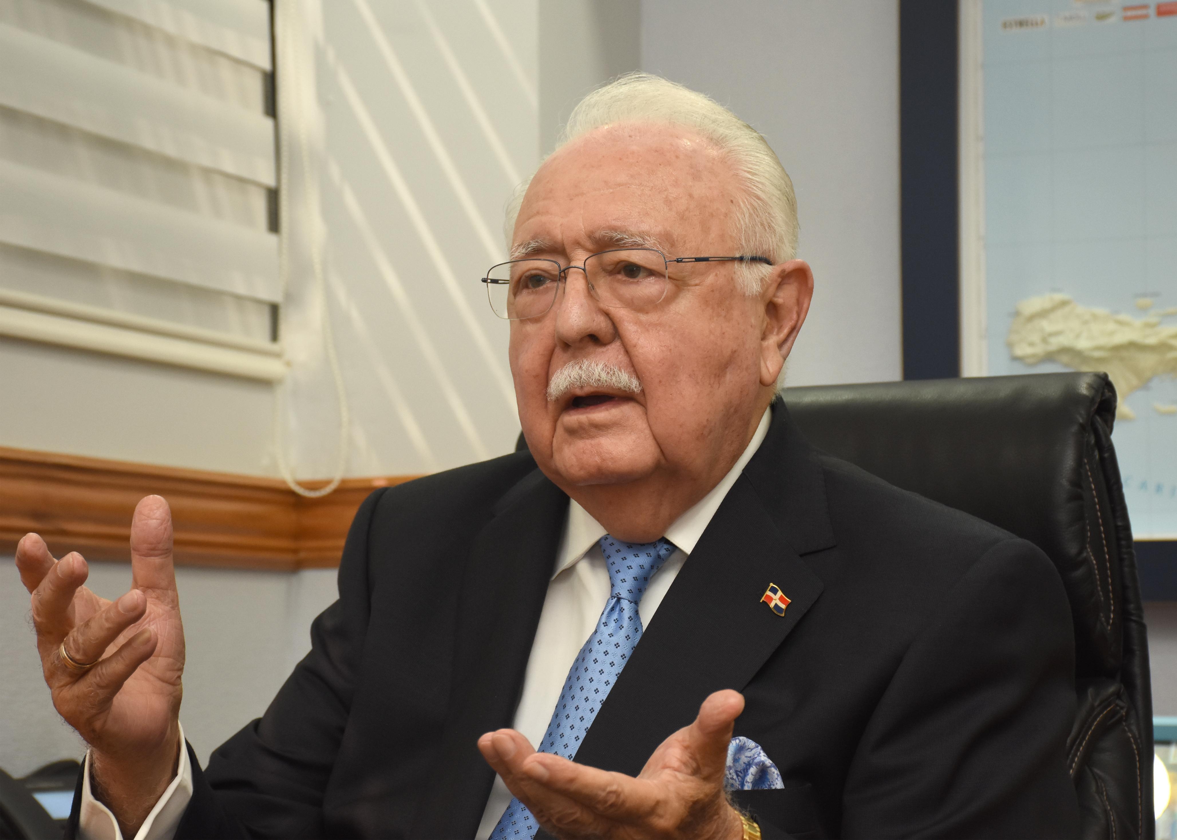 Isa Conde: La miopía política ha impedido la firma del Pacto Eléctrico