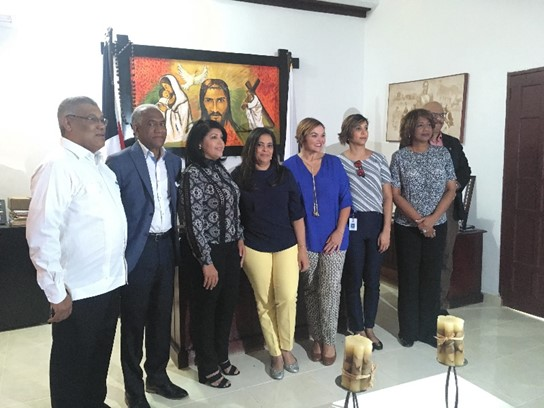 Delegación del MEM supervisa obras realizadas con fondos mineros en Sánchez Ramírez