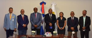 Ministro Almonte posesiona Director Comisión Nacional de Energía