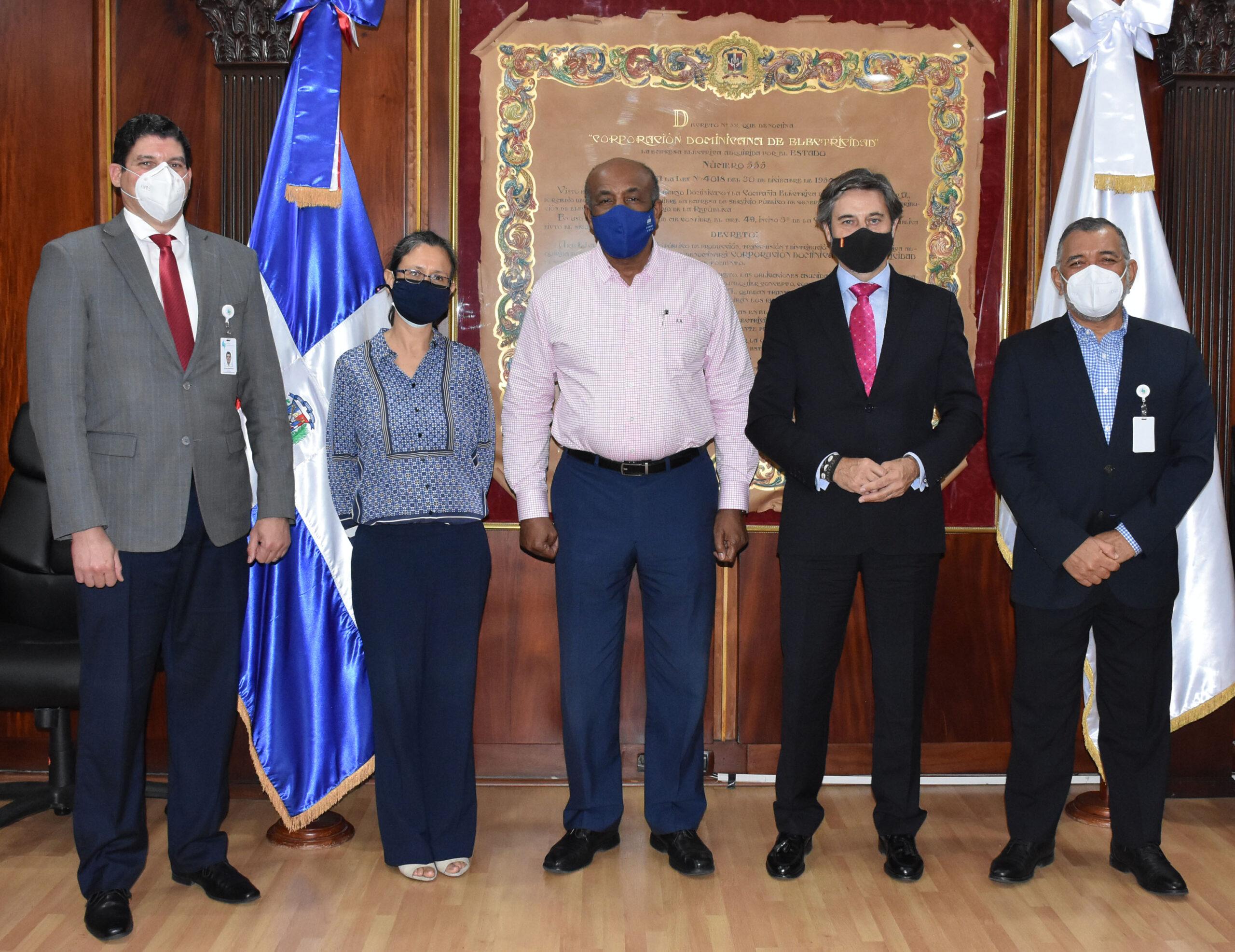 Ejecutivos de Palamara-La Vega visitan Ministerio de Energía