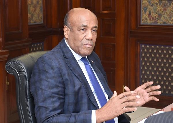 Ministro de Energía y Minas asegura no otorgó concesión extraer piedra caliza